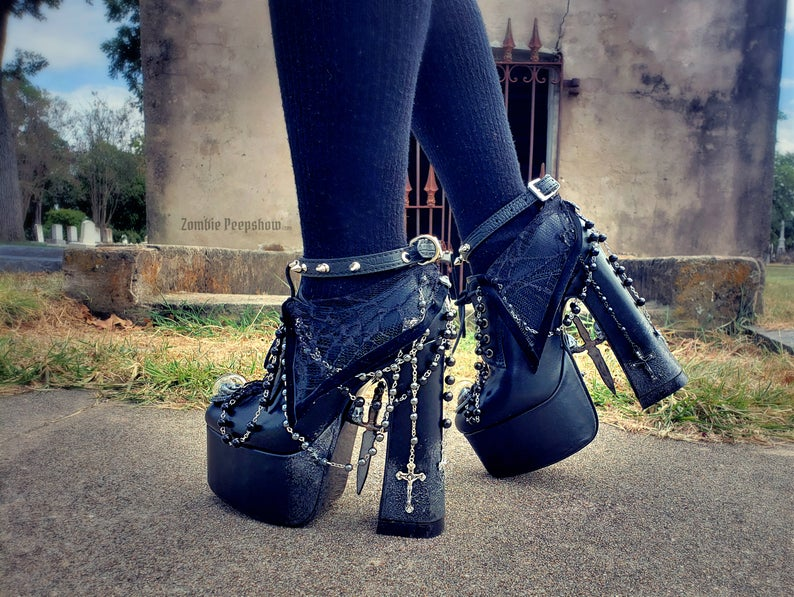 Gothic Nancy Platform Rosary Boots - ZombiePeepShow