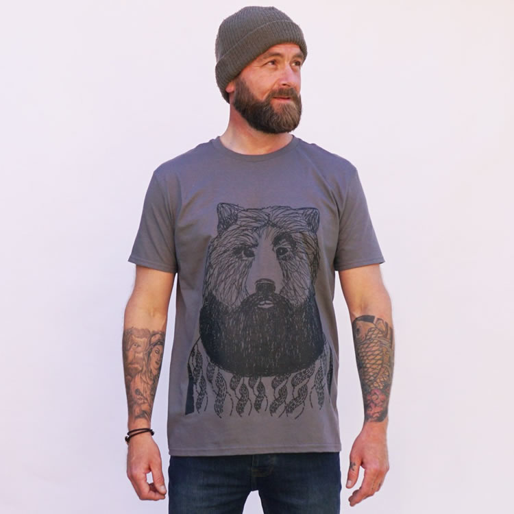 Aye Aye Skipper T Shirt - Dont Feed The Bears