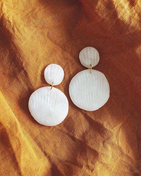 Sea Shell in Pearl Polymer Clay Earrings - Sundaze Jewellery