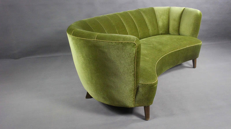 danish curved velvet banana sofa 1950s - Vinterior